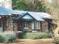 Faversham Cottages & Alpaca Stud Farm - Accommodation Australia