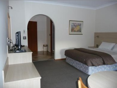 Hamiltons Townhouse Motel - Accommodation Australia