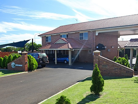Cotswold Motor Inn - Accommodation Australia