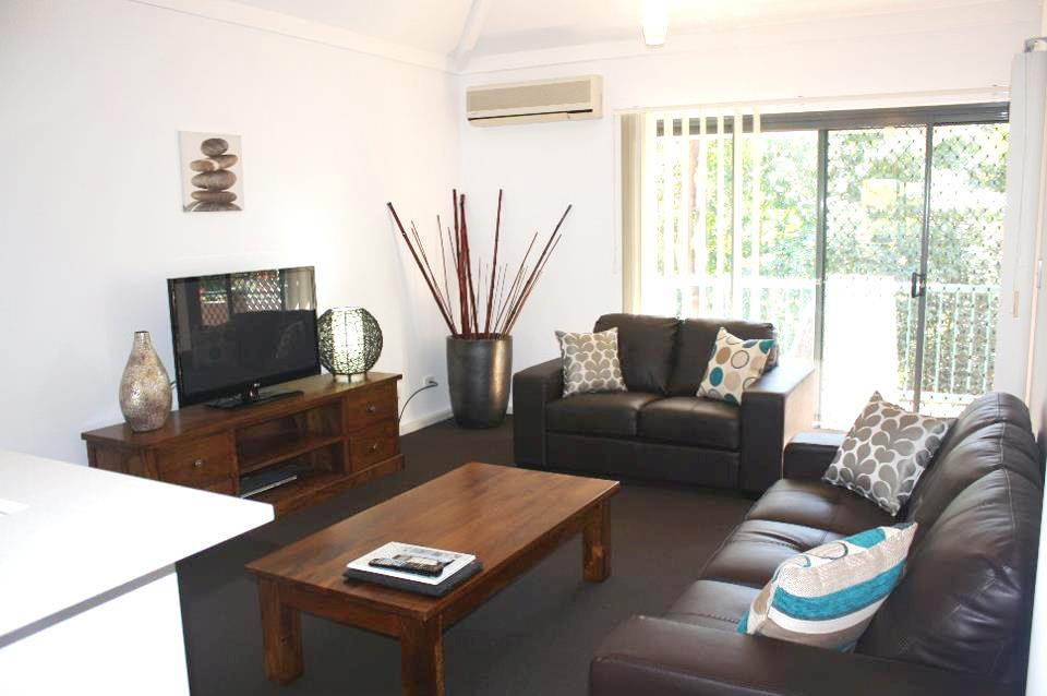Outrigger Bay Apartments - Accommodation Australia