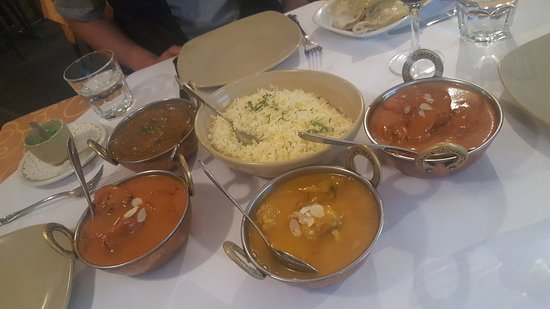 Tandoori  Curry Club - Accommodation Australia