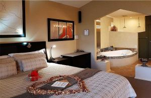 Romantic Getaways at Riverview Rise Retreats - Accommodation Australia