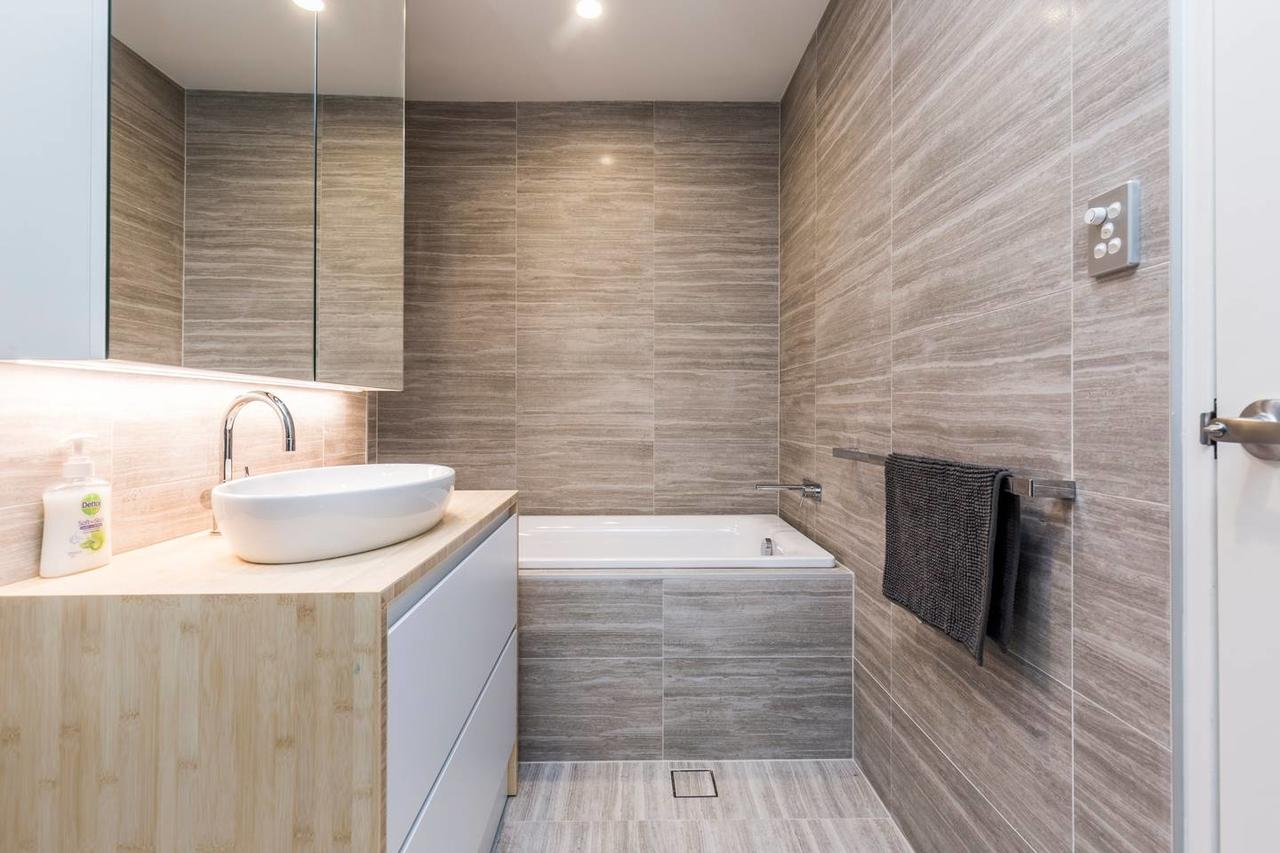 Nobbs · Executive 2 Storey Sydney Apartment with Pool