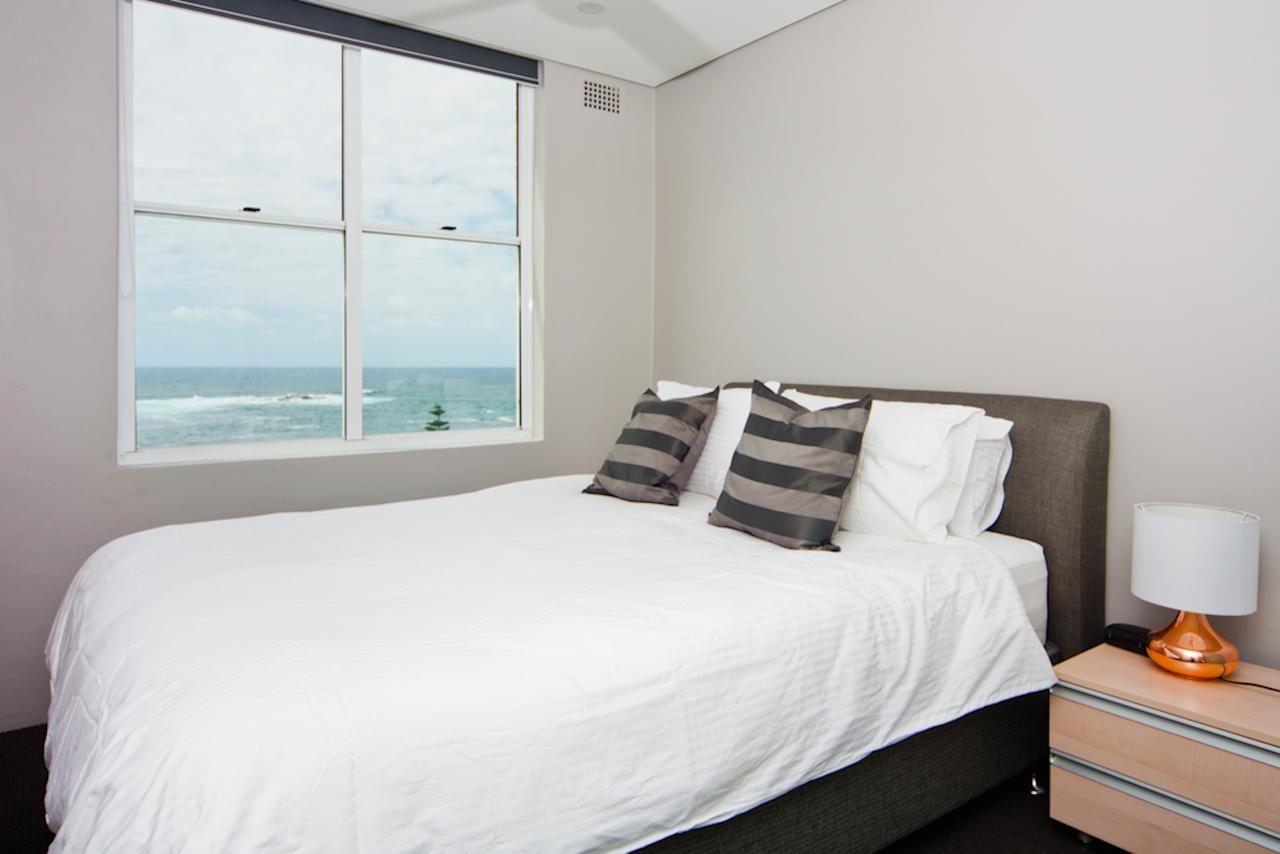 Gorgeous Coogee Views 2 beds WT21