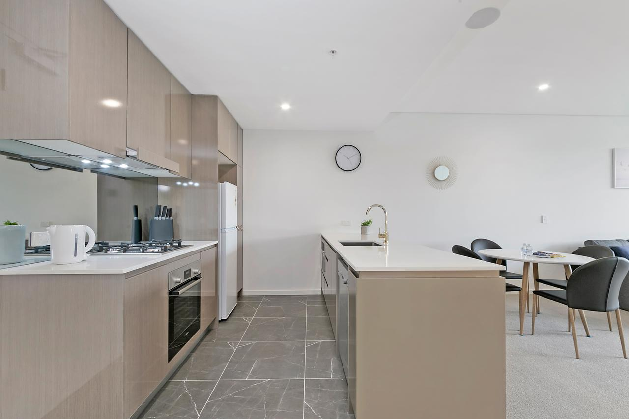 Stylish and Neat two bed apartment in Wentworth Point